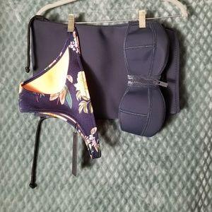 11 Triangl navy bikini set w/ matching bag Sz S